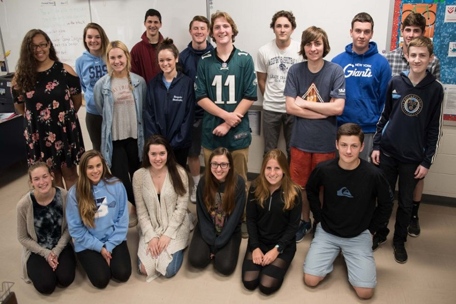 Back Row (Left to Right):  Jordan Lewis, Courtney Kaiser, Anthony Lindstrom, Michael McNeil, Nick Trosko, Chris Hermann, and Chris Warner. Middle Row (Left to Right): Hanna Kroberger, Jaime Stewart, Aidan Reed, Patrick Schmal, and Robbie Rives. Front Row (Left to Right): Felicia McBride, Maiya Tasaico, Hanna Scott, Alex Scott, Cara Keevey, and Preston Southwick.
